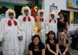 Buntes Vogelfest in Strass